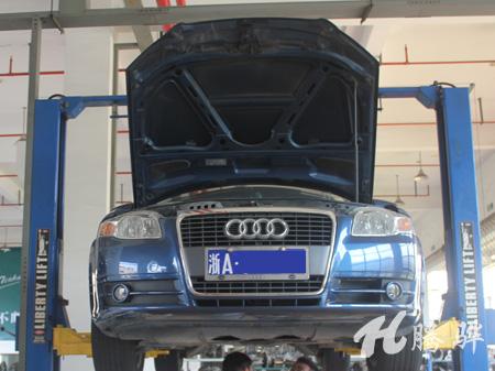 奥迪A6行驶冲击,倒挡耸车 奥迪变速箱维修